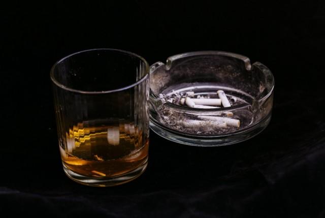 アルコール、タバコ