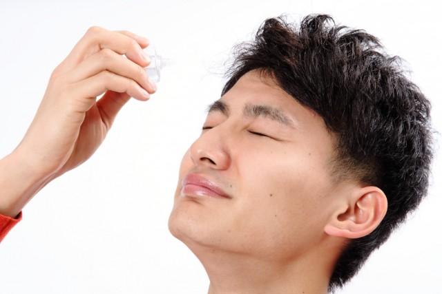 目薬の使用