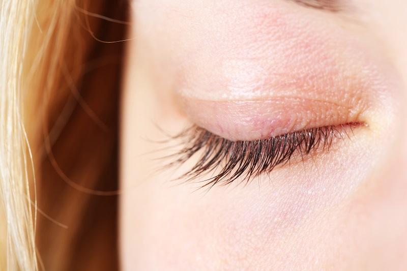原因によって治し方が違う!目が腫れた時の対処法