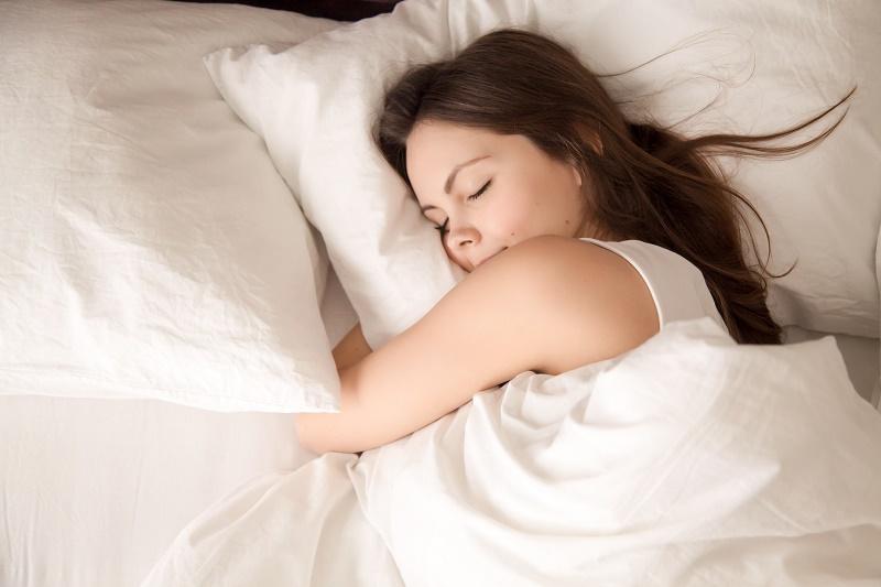 女性と睡眠:生理前や妊娠中の眠気はホルモンの影響かも?   いしゃまち